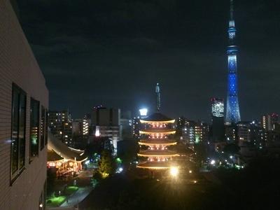 浅草寺とスカイツリーの夜景