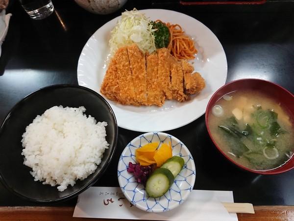 ぱいちのロースかつ定食