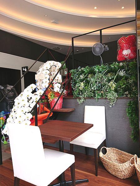 浅草のカフェの内装