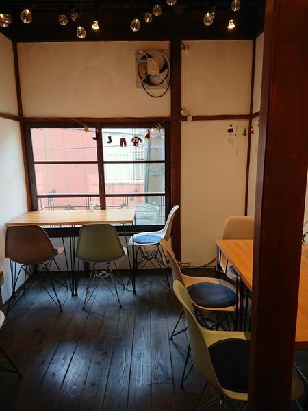 浅草の隠れ家カフェ