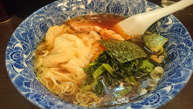 肉厚ワンタン麺