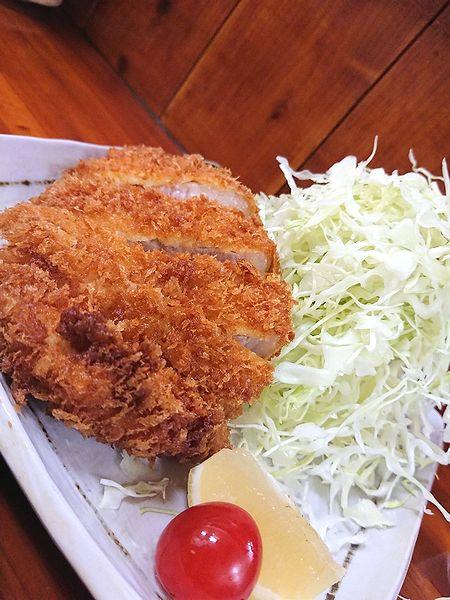 浅草で食べるとんかつ定食