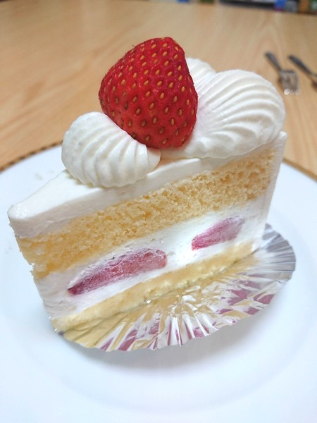 浅草のイチゴのショートケーキ