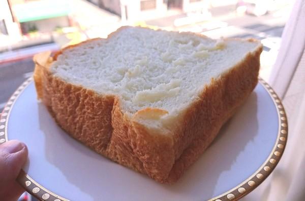 流行の高級食パン