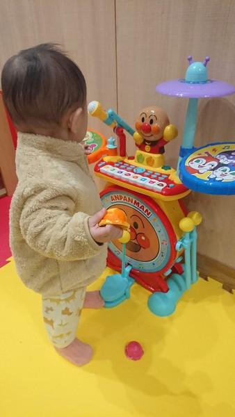 アンパンマンの楽器的なおもちゃ