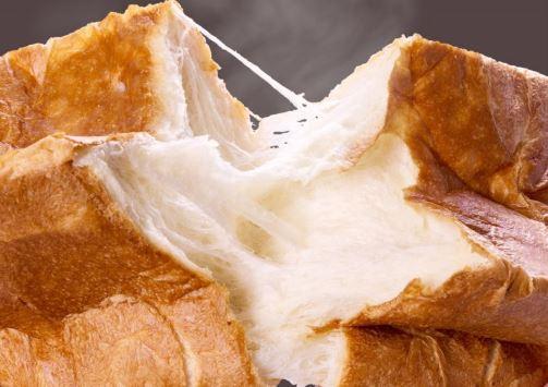 白か黒かの食パン