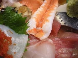海鮮丼の海老