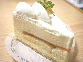 クリームケーキ