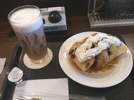 パウンドケーキとカフェ