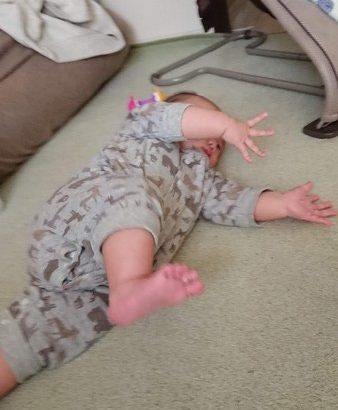 【育児】寝返り